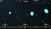 Atari Missile Command: Gameplay Shooting Bombs