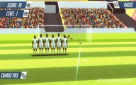 Football Storm Strike: Gameplay Shooting Ball